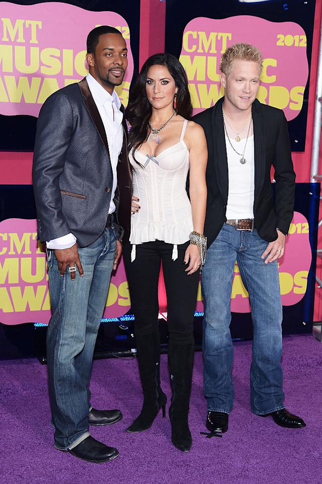 """""""Home Sweet Home"""" trio The Farm — Damien Horne, Krista Marie, and Nick Hoffman — opted for casual ensembles. Actually, Marie may have gone a little too casual on top by wearing her lingerie in public...<br>"""
