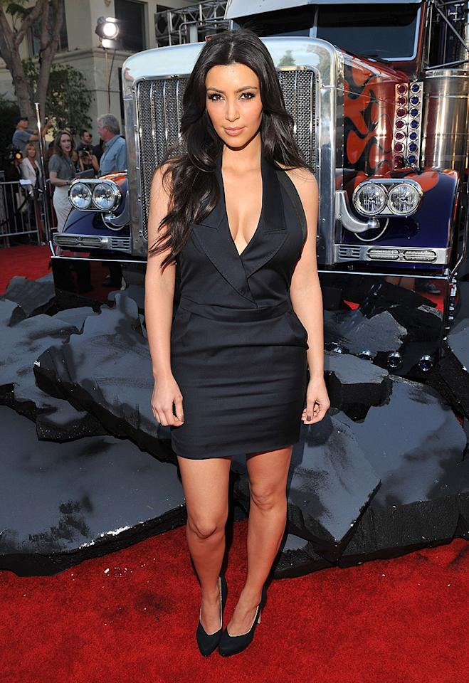 """<a href=""""http://movies.yahoo.com/movie/contributor/1810031586"""">Kim Kardashian</a> at the Los Angeles premiere of <a href=""""http://movies.yahoo.com/movie/1809943432/info"""">Transformers: Revenge of the Fallen</a> - 06/22/2009"""