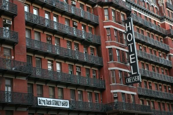 Famous hotel where Sid Vicious 'killed' Nancy closes after a century