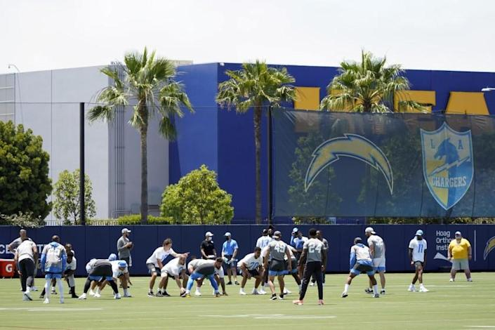 The Los Angeles Chargers line up during the NFL football team's organized team activities.