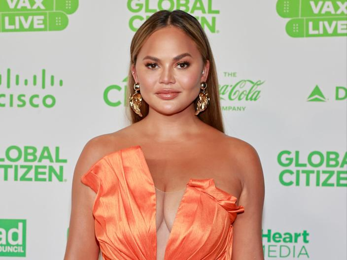Chrissy Teigen at Global Citizen VAX LIVE: The Concert To Reunite The World in Inglewood, California (Emma McIntyre/Getty Images for Global Citizen VAX LIVE)