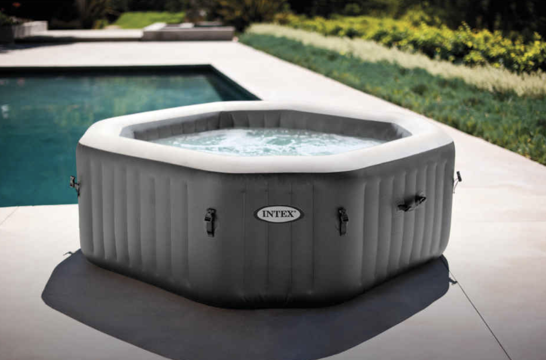 Aldi's Spa Pool is now back in stock after selling out due to popular demand. (Aldi)