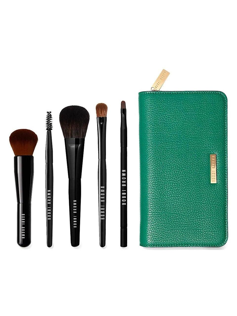 "<br><br><strong>Bobbi Brown</strong> The Essential Brush Kit, $, available at <a href=""https://go.skimresources.com/?id=30283X879131&url=https%3A%2F%2Fwww.saksfifthavenue.com%2Fproduct%2Fbobbi-brown-the-essential-brush-kit----231-value-0400013157175.html"" rel=""nofollow noopener"" target=""_blank"" data-ylk=""slk:Saks Fifth Avenue"" class=""link rapid-noclick-resp"">Saks Fifth Avenue</a>"