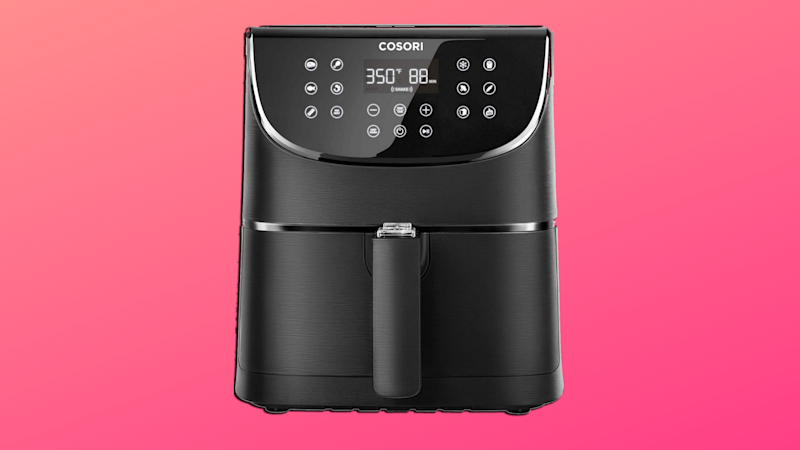 Fry food responsibly with the Cosori Air Fryer. (Photo: Amazon/Yahoo Lifestyle)