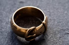 Oscar Wilde's stolen ring found by Dutch art detective