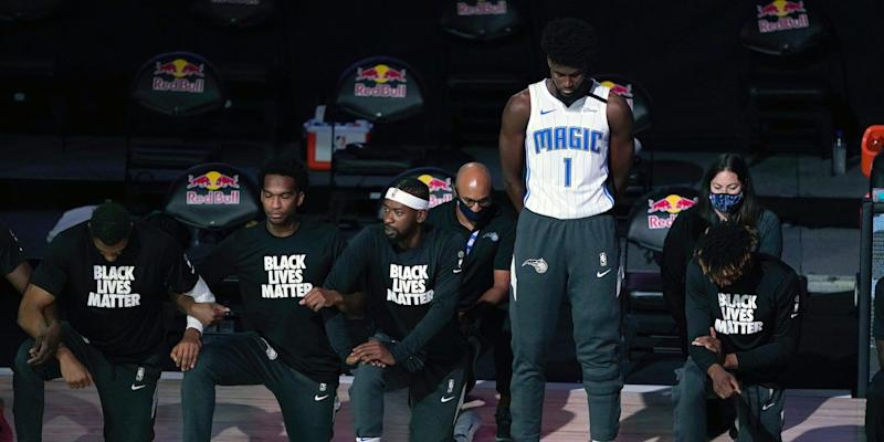jonathan isaac stands for anthem