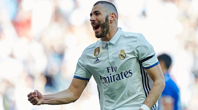 BARCELONA, Spain (AP) - Karim Benzema's fourth goal in as many rounds helped Real Madrid beat Alaves 3-0 Sunday and increase its lead at the top of the Spanish league.