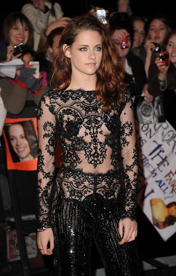 LONDON, ENGLAND - NOVEMBER 14:  Kristen Stewart attends the UK Premiere of 'The Twilight Saga: Breaking Dawn - Part 2' at Odeon Leicester Square on November 14, 2012 in London, England.  (Photo by Stuart Wilson/Getty Images)