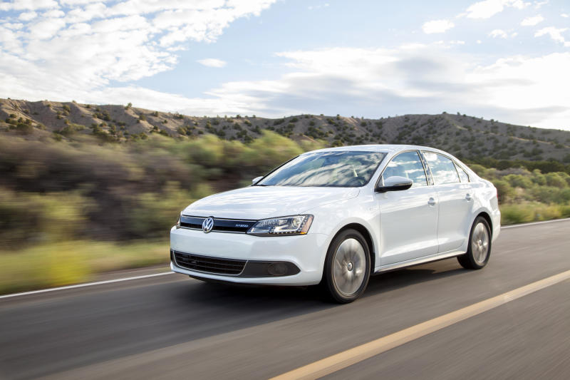 Gas Jetta hybrid trumps diesel model