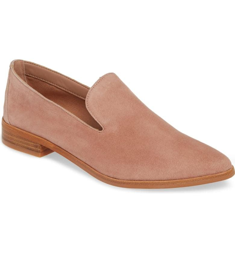 """<p>These neutral <a href=""""https://www.popsugar.com/buy/Treasure-amp-Bond-Kena-Loafers-538472?p_name=Treasure%20%26amp%3B%20Bond%20Kena%20Loafers&retailer=shop.nordstrom.com&pid=538472&price=80&evar1=fab%3Auk&evar9=45810580&evar98=https%3A%2F%2Fwww.popsugar.com%2Ffashion%2Fphoto-gallery%2F45810580%2Fimage%2F47093053%2FTreasure-Bond-Kena-Loafers&list1=shopping%2Cshoes%2Cflats%2Coffice%2Cspring%20fashion%2Cwinter%20fashion&prop13=api&pdata=1"""" rel=""""nofollow"""" data-shoppable-link=""""1"""" target=""""_blank"""" class=""""ga-track"""" data-ga-category=""""Related"""" data-ga-label=""""https://shop.nordstrom.com/s/treasure-bond-kena-loafer-women/5105286/full?origin=category-personalizedsort&amp;breadcrumb=Home%2FWomen%2FShoes%2FOxfords%20%26%20Loafers&amp;color=cognac%20leather"""" data-ga-action=""""In-Line Links"""">Treasure &amp; Bond Kena Loafers</a> ($80) go with everything.</p>"""