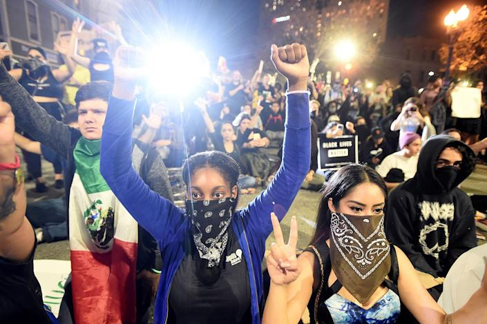 <p>Demonstrators rally following the election of Republican Donald Trump as President of the United States, in Oakland, Calif., on Nov. 9, 2016. (Photo: Noah Berger/Reuters) </p>