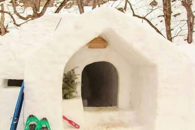 Himachal Pradesh, Igloos, Igloos in India, snow, places to visit in winters, winter vacation ideas, tourist places in India, Manali, Hamta valley