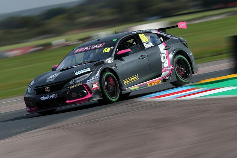 Lights-to-flag Thruxton victory for Cook in race three