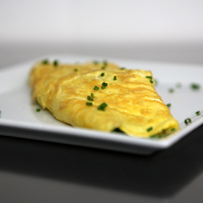 What's the Difference Between American and French Omelets?