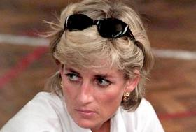 What! Princess Diana's mother used to call her a 'w****' for dating Muslim men