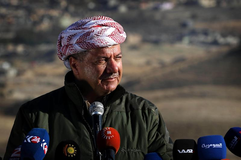 Iraqi Kurdish leader Massud Barzani announces the liberation from the Islamic State group of the northern Iraqi town of Sinjar in the Nineveh Province, during a press conference held on the outskirts of the town on November 13, 2015 (AFP Photo/Safin Hamed)