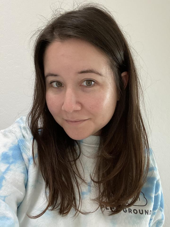 <p>For background, I went into this with virgin mid-to-dark-brown hair that hadn't been dyed for 20 years. As far as texture goes, a hairdresser once told me I have thin hair strands, but just a lot of them.</p>