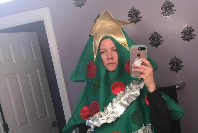 A student at the University of Alabama is rocking a Christmas tree costume for the rest of the semester thanks to a viral Tweet