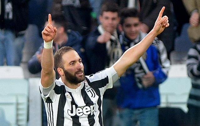 Soccer Football - Serie A - Juventus vs Atalanta - Allianz Stadium, Turin, Italy - March 14, 2018 Juventus' Gonzalo Higuain celebrates scoring their first goal REUTERS/Massimo Pinca