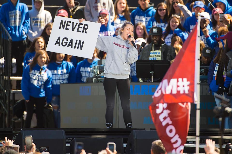 Never again … will Miley Cyrus — shown at the March for Our Lives — be forced to apologize. (Photo: Kevin Mazur/Getty Images for March for Our Lives)
