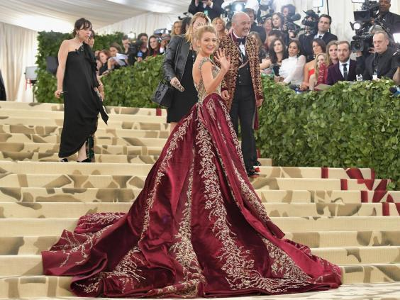Blake Lively wearing Versace at the 2018 Met Gala (Getty Images)