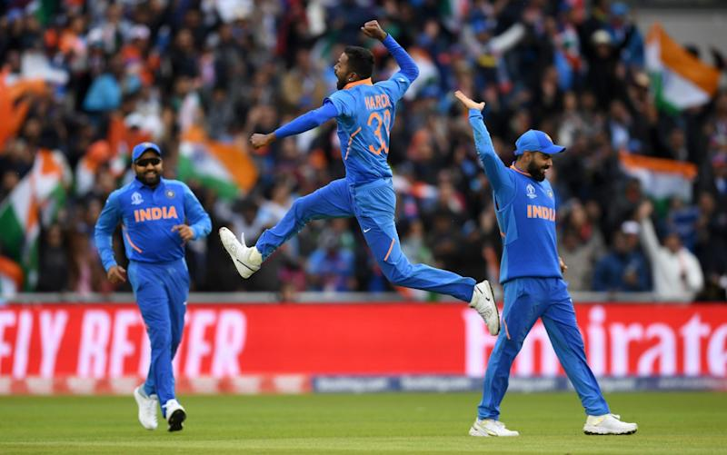 Hardik Pandya took two wickets in two balls as Pakistan crumbled - ICC