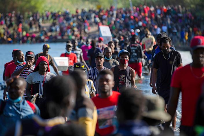 Thousands of mostly Haitian migrants have arrived near Del Rio, Texas in recent days seeking asylum  (© 2021 Houston Chronicle)