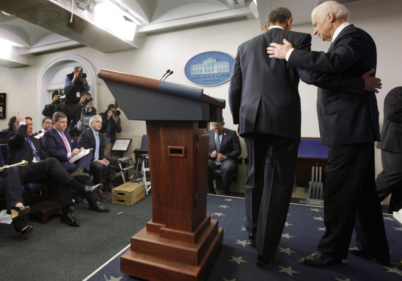 'Fiscal cliff' deal leaves lots of issues dangling