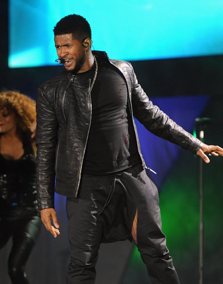 Usher performs at A Decade of Difference: A Concert Celebrating 10 Years of the William J. Clinton Foundation on October 15, 2011, at the Hollywood Bowl, Los Angeles. <br><br>(Photo by Handout/Getty Images for Control Room)