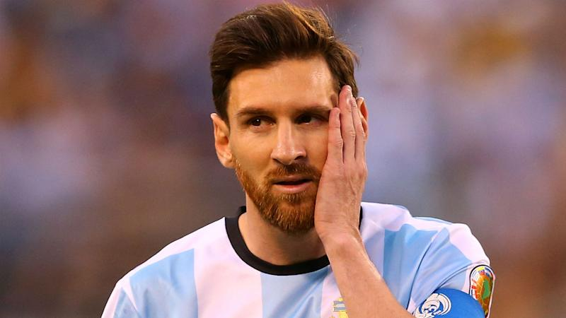 Messi should have covered his mouth, says Valdano