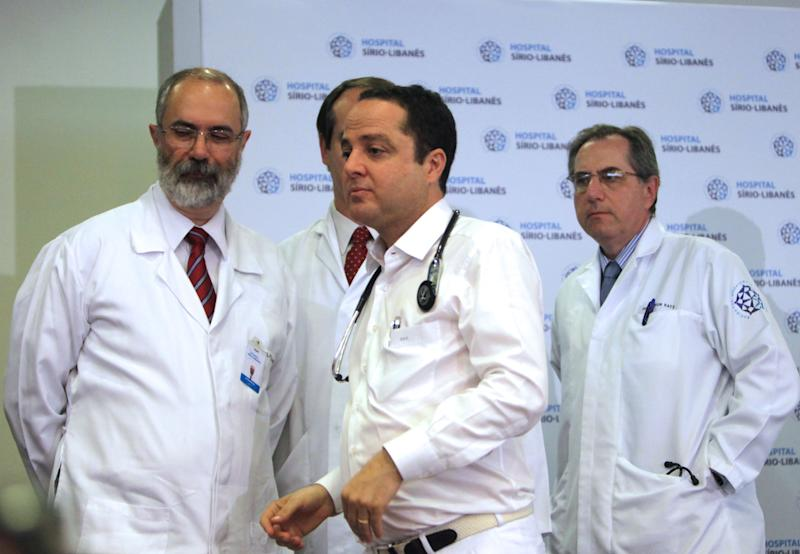 Physicians from the Sirio Libanes hospital Roberto Kalil, center, Luiz Paulo Kowalski, left, and Artur Katz, are seen during a news conference about the health of Brazil's former President Luiz Inacio Lula da Silva in Sao Paulo, Brazil, Monday, Oct. 31, 2011. Da Silva begun a chemotherapy treatment to treat a cancerous tumor in his larynx. (AP Photo/Andre Penner)