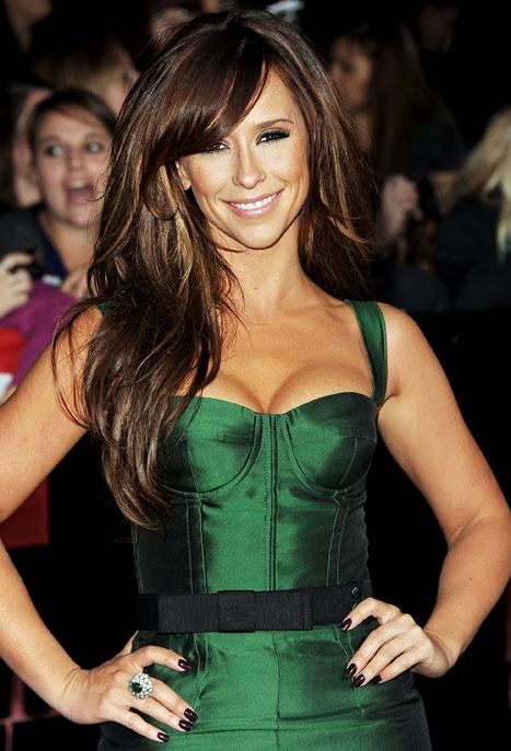 "Jennifer Love Hewitt: I Dreamed ""That People Were Trying to Deflate My Boobs"""