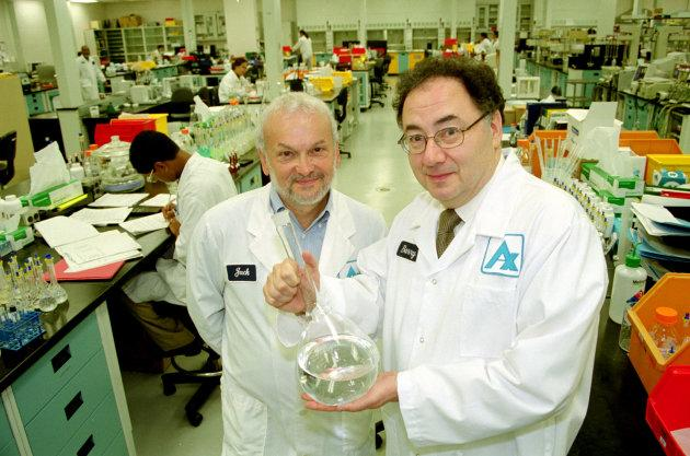 Jack Kay and Barry Sherman in one of Apotex's labs in Toronto.