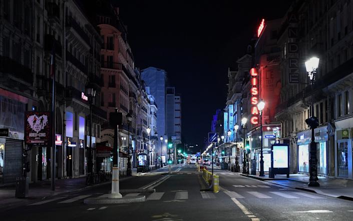 A view of an empty street after the curfew in Paris - Anadolu