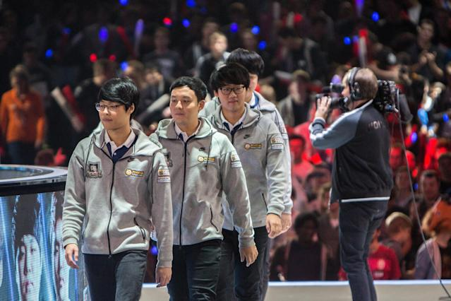 Kuro and the rest of the ROX Tigers are the favorites at Worlds 2016 (Riot Games/Lolesports)
