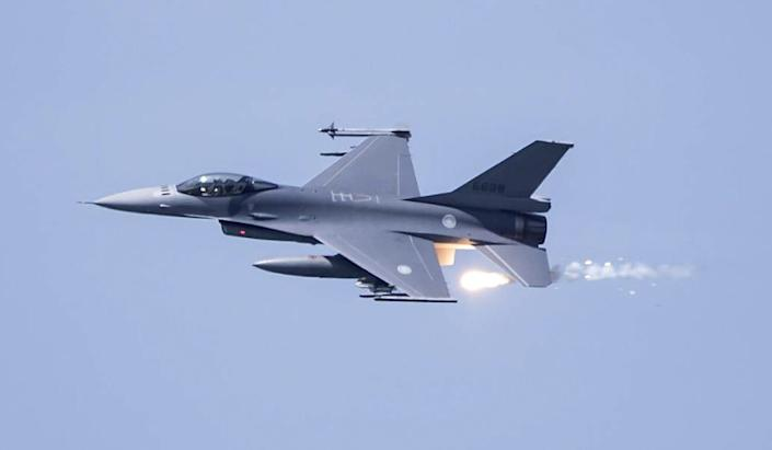 """Taiwan's air force has reportedly renewed an order for its pilots to avoid """"misfiring"""" when they were dispatched to repel fighter jets from the mainland and other aircraft """"intruding"""" into Taiwan's airspace. Photo: EPA-EFE"""