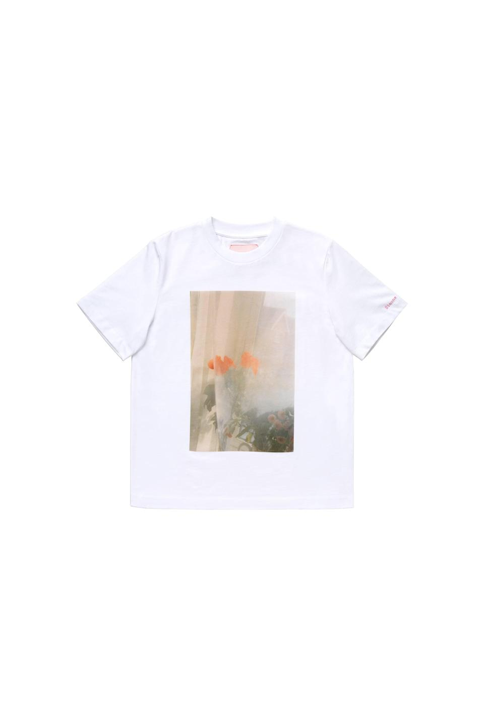 <p><span>Simone Rocha x H&amp;M Photo-Print T-Shirt</span> ($35).</p>