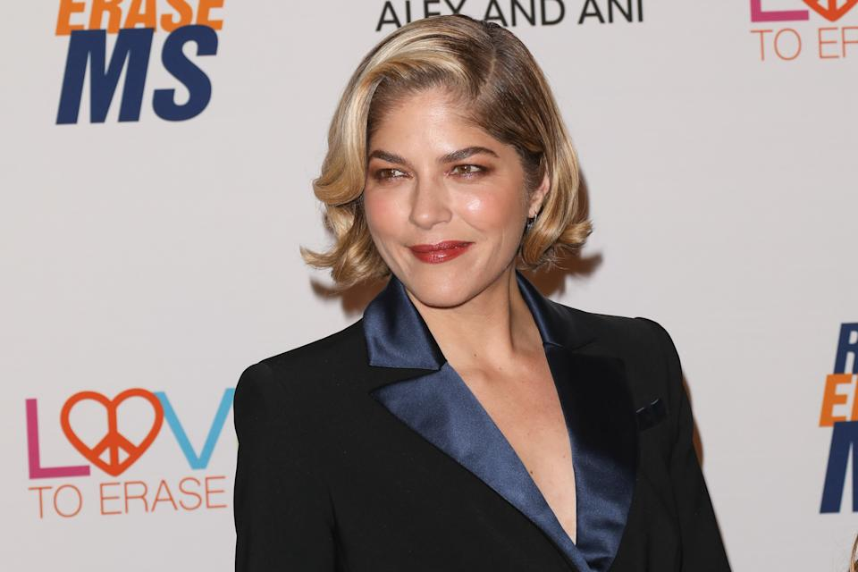 BEVERLY HILLS, CALIFORNIA - MAY 10: Actress Selma Blair attends the 26th annual Race To Erase MS Gala at The Beverly Hilton Hotel on May 10, 2019 in Beverly Hills, California. (Photo by Paul Archuleta/FilmMagic)