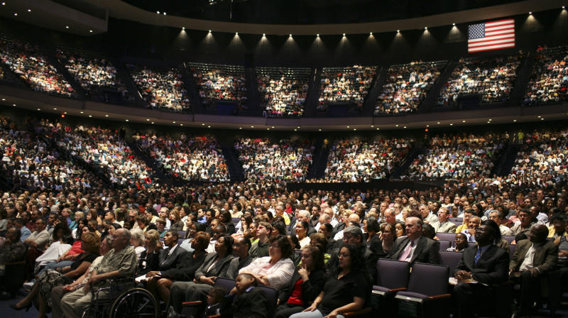 Joel Osteen's Houston Megachurch Blasted For Closing As Thousands Are Displaced
