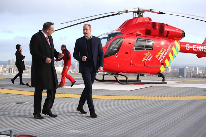 LONDON, ENGLAND - JANUARY 09: Prince William, Duke of Cambridge arrives at The Royal London Hospital on board the London Air Ambulance on January 9, 2019 in London, England. (Photo by Ian Vogler - WPA Pool/Getty Images)