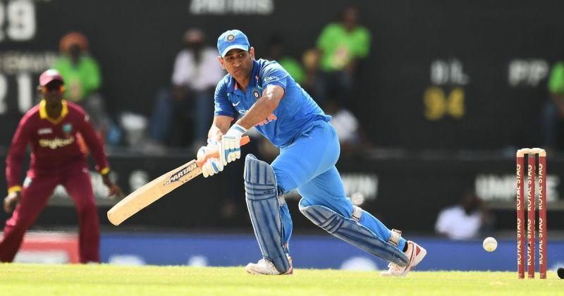 Dhoni scored 95 runs in the team total of 188.