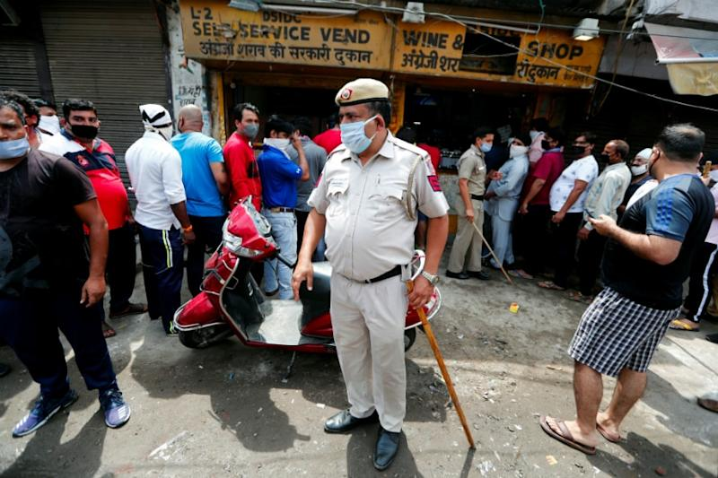 Delhi's Private Liquor Shops Llikely to Reopen From Friday