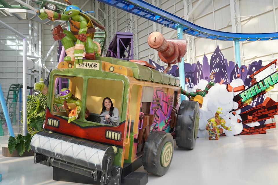 The main concourse of Nickelodeon Universe is flush with life-size props for photo opps.