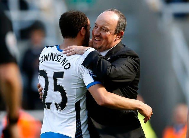 Andros Townsend and Rafael Benitez embrace