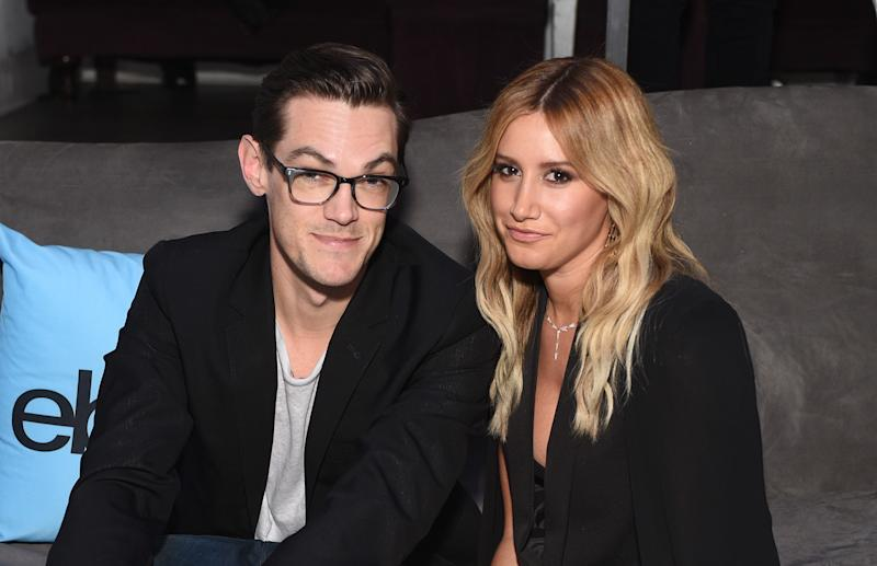 "Ashley Tisdale and husband recreate ""Blair Witch Project"" with the deer filter, we're DYING"