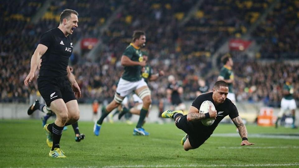 New Zealand scores a try against South Africa