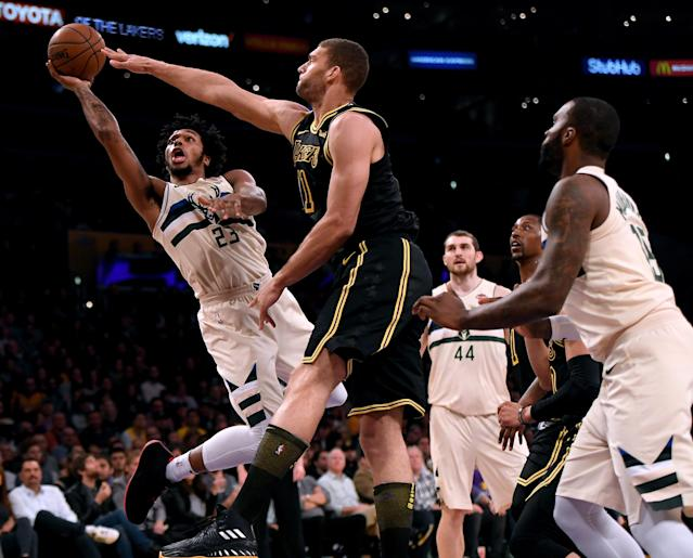 """The <a class=""""link rapid-noclick-resp"""" href=""""/nba/teams/mil"""" data-ylk=""""slk:Milwaukee Bucks"""">Milwaukee Bucks</a> released a statement on Wednesday after Milwaukee police released the footage from <a class=""""link rapid-noclick-resp"""" href=""""/nba/players/5859/"""" data-ylk=""""slk:Sterling Brown"""">Sterling Brown</a>'s arrest in January. The Bucks called the police department's actions """"shameful and inexcusable."""" (Getty Images)"""