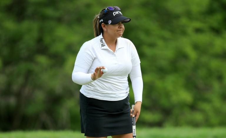Lizette Salas had a 54-hole total of 21-under 195 to take a two-stroke lead heading into the final round of the US LPGA tournament in Indianapolis