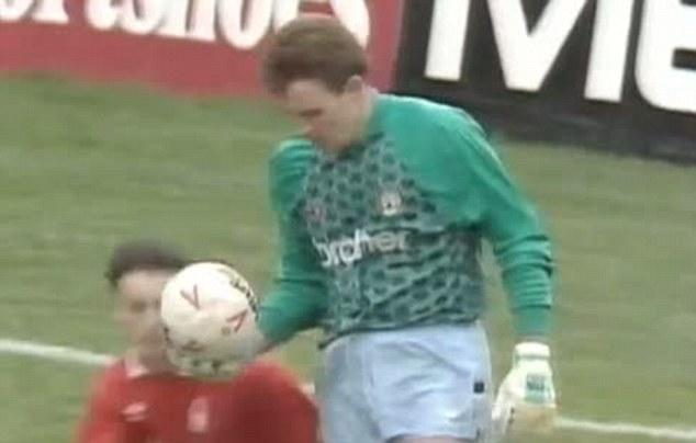 <p>Nottingham Forest's Gary Crosby sneaks up on Manchester City keeper Andy Dibble and heads the ball out of his hand in 1990… </p>
