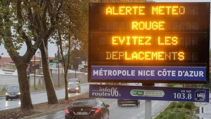 3 rescuers die in French helicopter crash, 2 more civilians die in floods